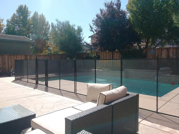 pool fence installed in Mountain House, CA by Life Saver Pool Fence of San Ramon