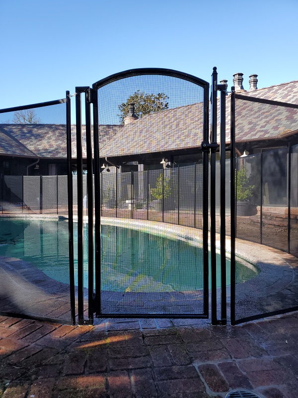 Life Saver Pool Fence arched gate