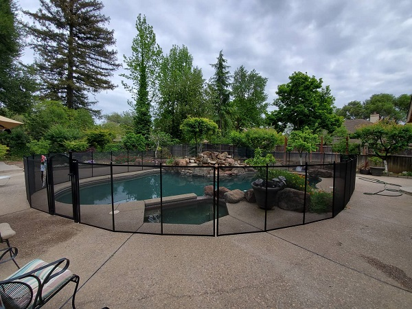 pool fence installations in Pleasanton, CA