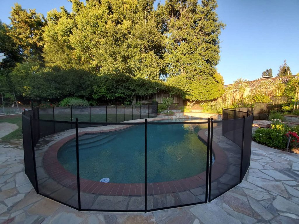 Life Saver removable mesh pool safety fence installed in Walnut Creek, CA