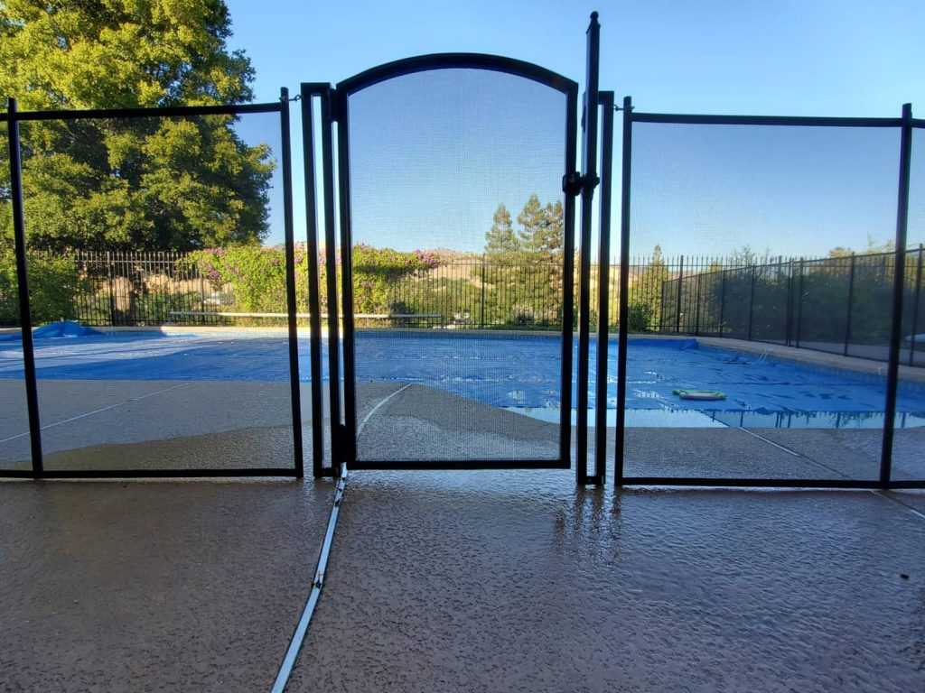 removable mesh pool safety fence installed in Clayton, CA
