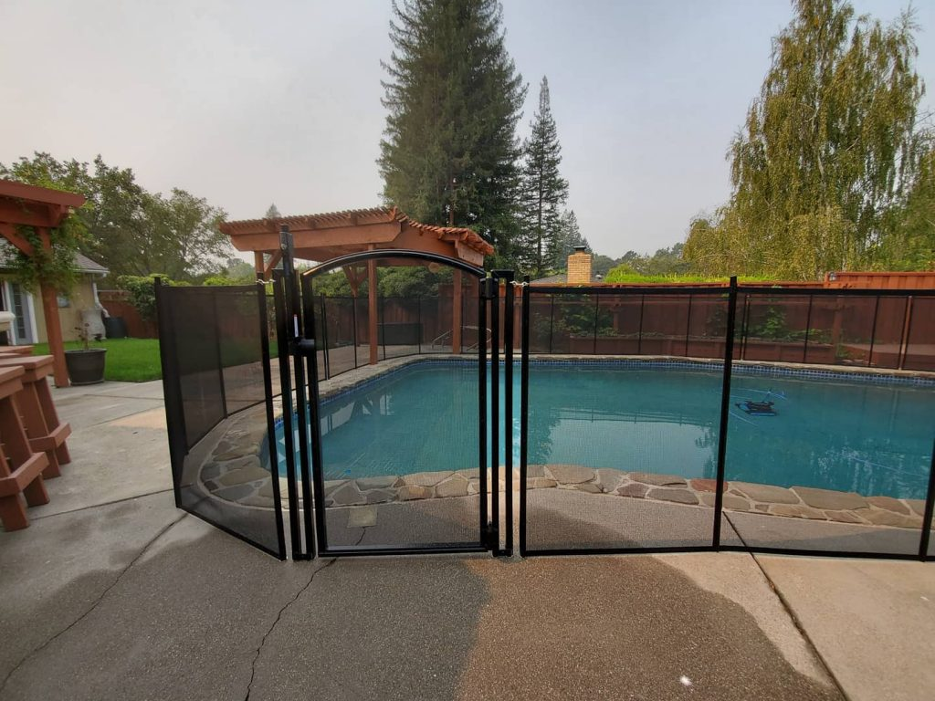 child pool safety fence installed in Lafayette, CA