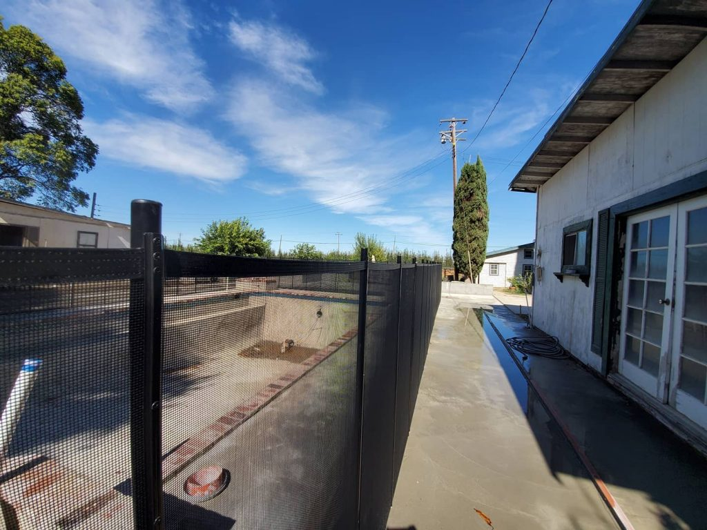 Life Saver mesh fence installed in Courtland, CA