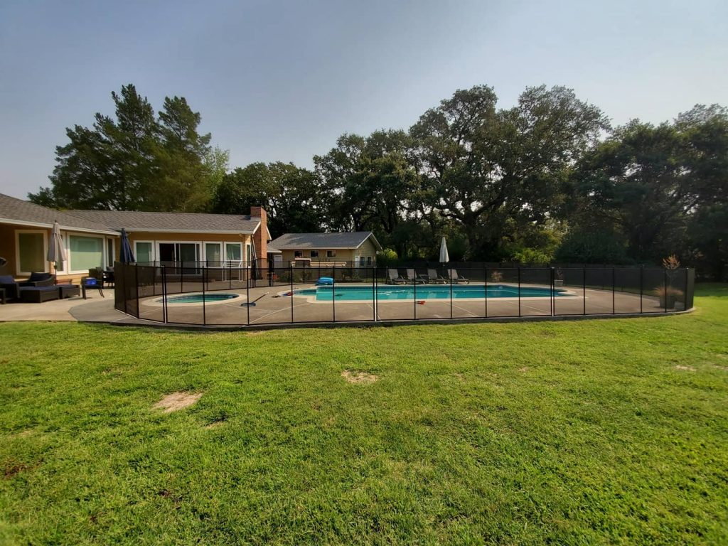 mesh fence for swimming pools installed in Sonoma, CA